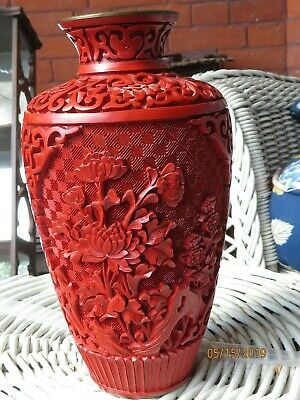 Vintage Chinese Carved Cinnabar Lacquer vase