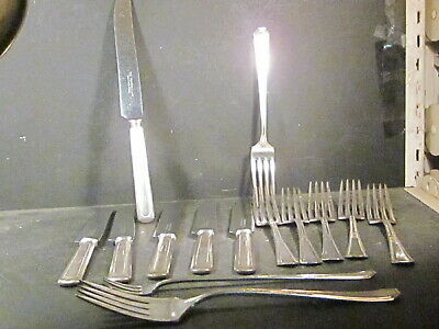 Silverplate Wm Rogers & Sons MAYFAIR 14PC Ser for 6 w/ Cold Meat & Olive Mono R