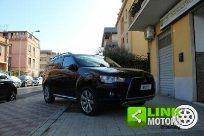 MITSUBISHI Outlander Outlander 2.2 DI-D TC-SST Instyle 7p
