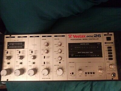 Vestax Pmc26 Professional Mixing Controller please read. Happy bidding