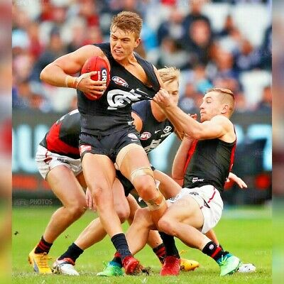 ESSENDON BOMBERS v CARLTON BLUES   AFL TICKETS   CENTRE WING   FRONT 4 ROWS