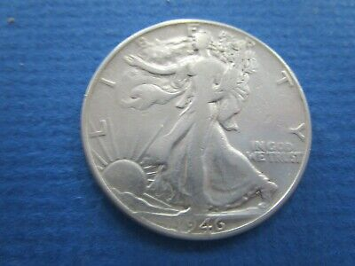 1946 Walking Liberty Half Dollar , 90% Silver US Coin.  aVF