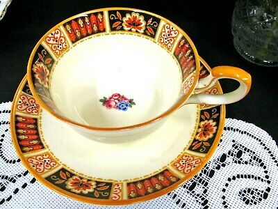 OLDER PARAGON tea cup and saucer deco pattern floral teacup