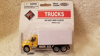 BOLEY HO 1/87 Die Cast International 4300 Drywall Van Brown