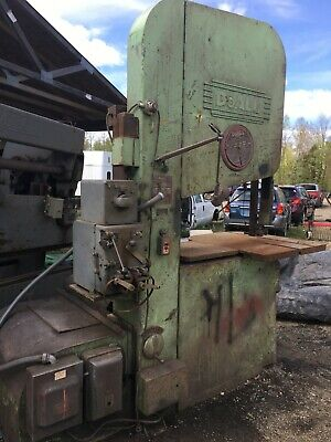 """13472 DoAll Model 2013 Vertical Band Saw, 20"""" Capacity"""