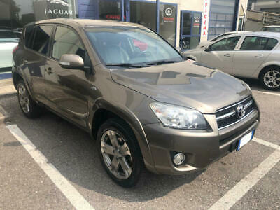 Toyota RAV 4 Crossover 2.2 D-Cat A/T 150 CV Luxury