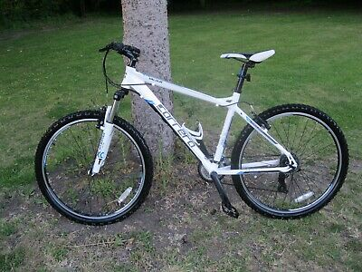 CARRERA VALOUR MOUNTAIN Bike White Medium