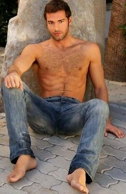 Shirtless Male Muscular Beefcake Bare Foot Jeans Hairy Hunk PHOTO 4X6 F1664