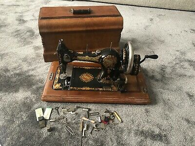 Stunning Vintage Jones Family C.s. Sewing Machine.