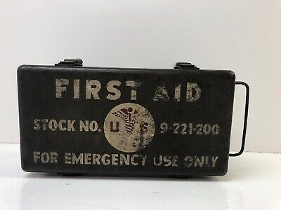 """WW2 Military Metal Vehicle First Aid Kit 9-221-200 """"For Emergency Use Only"""""""