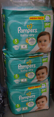 Lot 222 Couches Pampers Baby Dry Taille 5 (11 - 16 Kg)