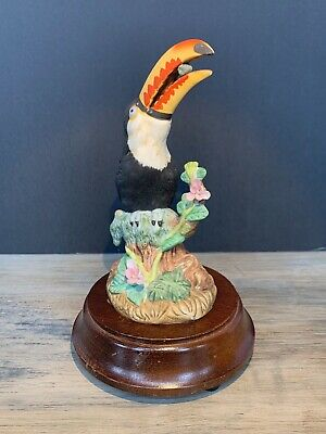 "Toucan Bird Music Box - ""Born Free"" - Vintage"