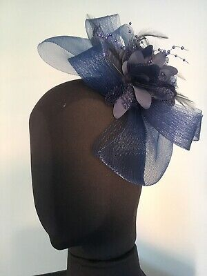 2b3666eb GOLD & NAVY Fascinator - EUR 35,00 | PicClick IE
