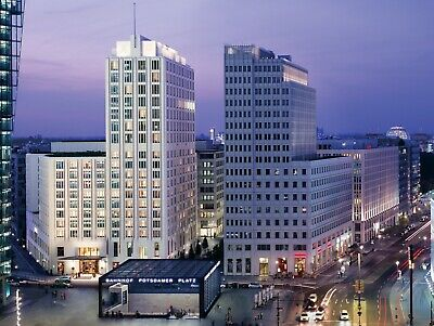 Ritz-carlton berlin with 100USD +breakfast for two+room upgrade