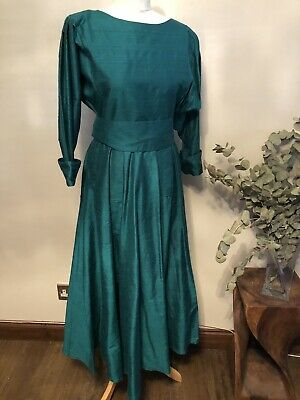 Angela Holmes - Timeless Vintage Dress - DROOPY BROWNS - Sophisticated  Size 16