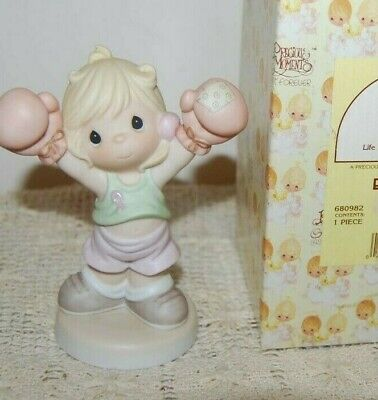 Precious Moments Life is Worth Fighting For Figurine 2000 Breast Cancer 680982