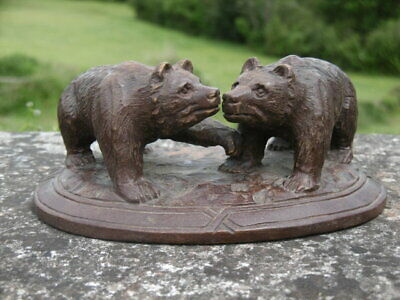 SUPERB 19thc BLACK FOREST OAK CARVING OF TWO BEARS ON OVAL BASE C.1870