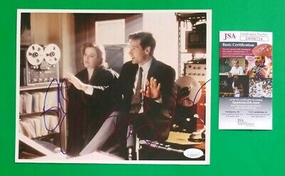 """David Duchovny And Gillian Anderson Signed 8""""X10"""" X-Files Photo With Jsa Coa"""