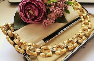 VINTAGE GOLD TONE NECKLACE LARGE STATEMENT PIECE 1980's 90's COSTUME JEWELLERY