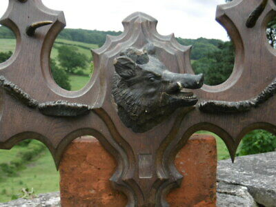 SUPERB 19thc OAK CARVED PEDIMENT WITH PLASTER WILD BOAR HEAD TO CENTRE C.1860's