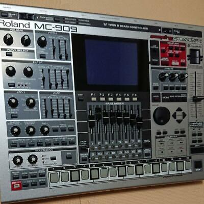 Roland SAMPLING GROOVEBOX MC-909 Sampler Synthesizer Drum Machine Sequencer USED