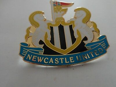 Football Badge  Newcastle United F.c. White Very Large  Gilt Press  Pin Fitting