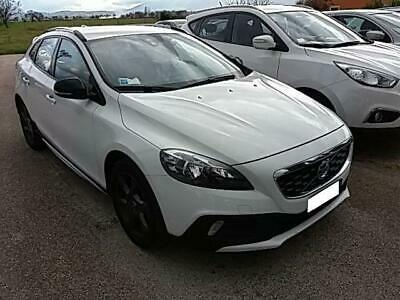 VOLVO V40 Cross Country V40 Cross Country D3 Geartronic Momentum