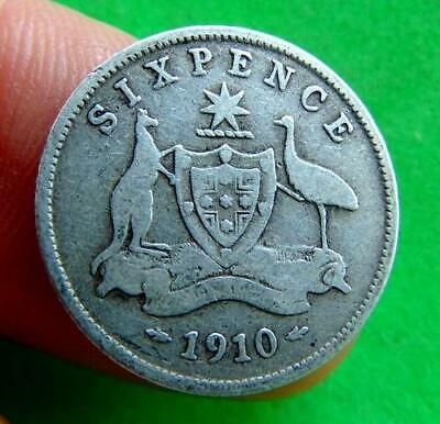 FINE  FULL  SILVER  1910  GEORGE  V  SIXPENCE  from  AUSTRALIA  ....LUCIDO_8