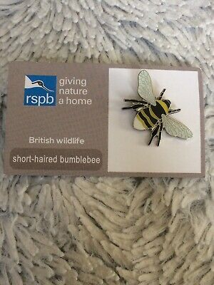 RSPB pin badge SHORT HAIRED BUMBLEBEE giving nature a home GNAH British wildlife