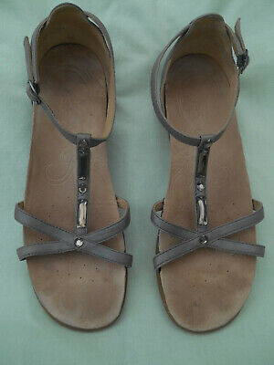 1377210578 Clarks Active Air pewter with silver trim T strap open sandals size 5.5D