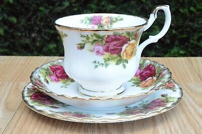 One Royal Albert Old Country Roses Bone China Trio Cup Saucer Plate P&P Combined