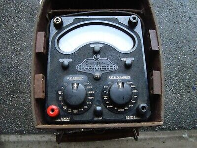 Avo Avometer Model 8 Mk lll complete with leads and case .
