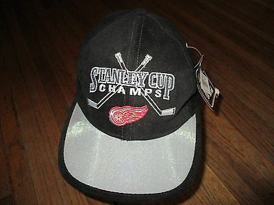 NOS vtg 90s DETROIT RED WINGS HAT Cap NWT Black Stanley Cup Champions STARTER