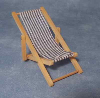 1/12Th Scale Dolls House Folding Deck Chair
