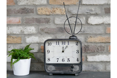 Large Quirky Retro Old Fashioned TV Style Clock | Vintage Living