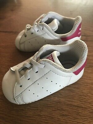 Chaussures Adidas En Taille Cuir Blanc Bébé Baskets Stan Smith 17 xBoCrde