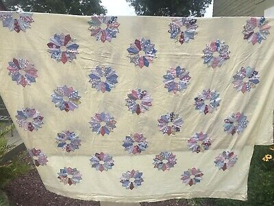 Vintage Quilt Coverlet Dresden Plate Pattern Yellow