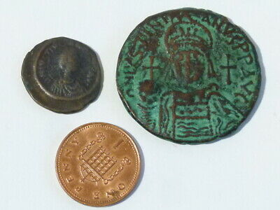 2 different Justinian I Byzantine Ancient Bronze Coins #Q40