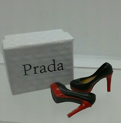 1:12th Miniature Doll House Accessories Little Parda Shoes Black & Red & Box