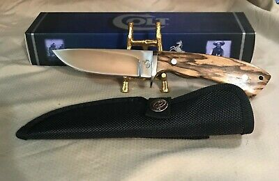 Colt Fixed Blade Hunter W/Brown Grain Wood Handles CT279
