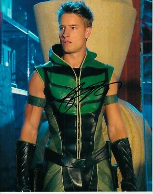 Justin Hartley Signed Smallville Photo Uacc Reg 242 (2)