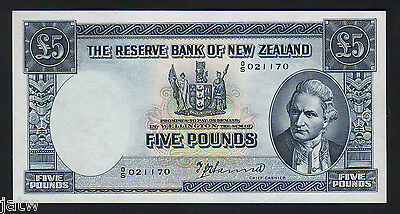 NEW ZEALAND P-160a. 5 Pound (1940-55) - Hanna..  0/S Prefix..  gEF-aU