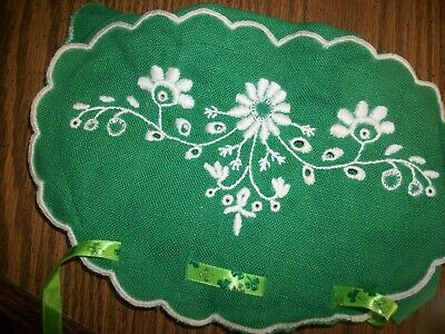 vintage linen tea cozy-green with white embroidery.