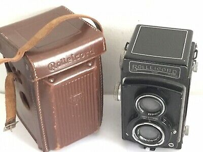 Cased Vintage Rolleicord TLR 120 Film Camera