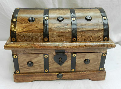 Large Metal Bound Wooden Cabin Trunk / Pirate Treasure Chest / Storage Box - New