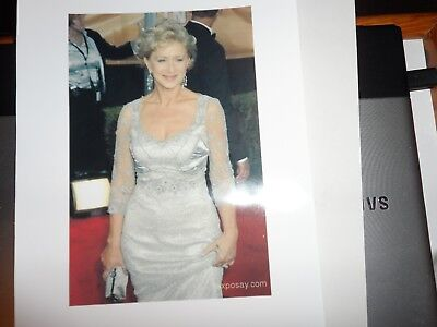 Autograph 12 X 8 Photo Page + Genuine Loose Signed Card Helen Mirren Past Oscar