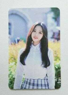 "MONTHLY GIRL LOONA YVES Limited Photocard - Official Album ""BEAUTY&THEBEAT"""