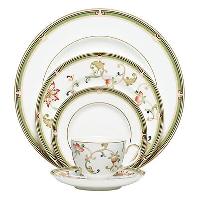 Wedgwood Oberon 5Pc Place Setting