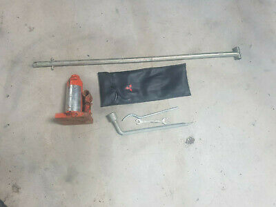 MITSUBISHI L200 PICKUP WARRIOR K74 98 - 06 Jack  and bar winder tool kit