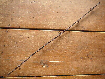 GLIDDENS TWO POINT HANGING BARB on ONE of TWO LINES - ANTIQUE BARBED WIRE